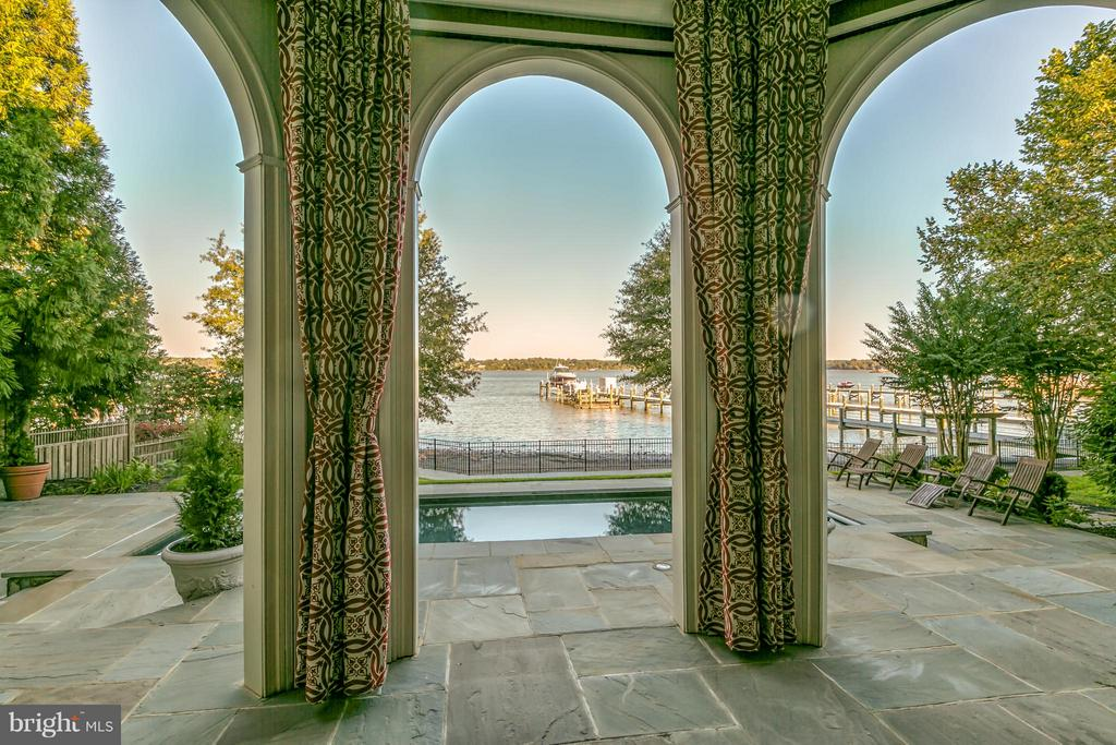 Electronic screened Loggia overlooking the Potomac - 7615 SOUTHDOWN RD, ALEXANDRIA