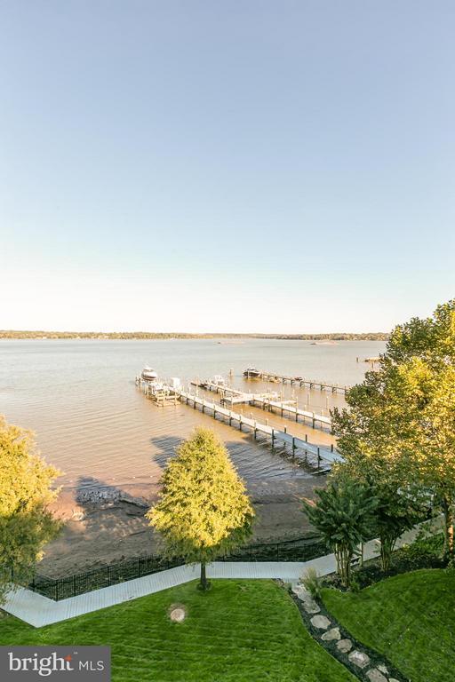 Idyllic Potomac River views - 7615 SOUTHDOWN RD, ALEXANDRIA