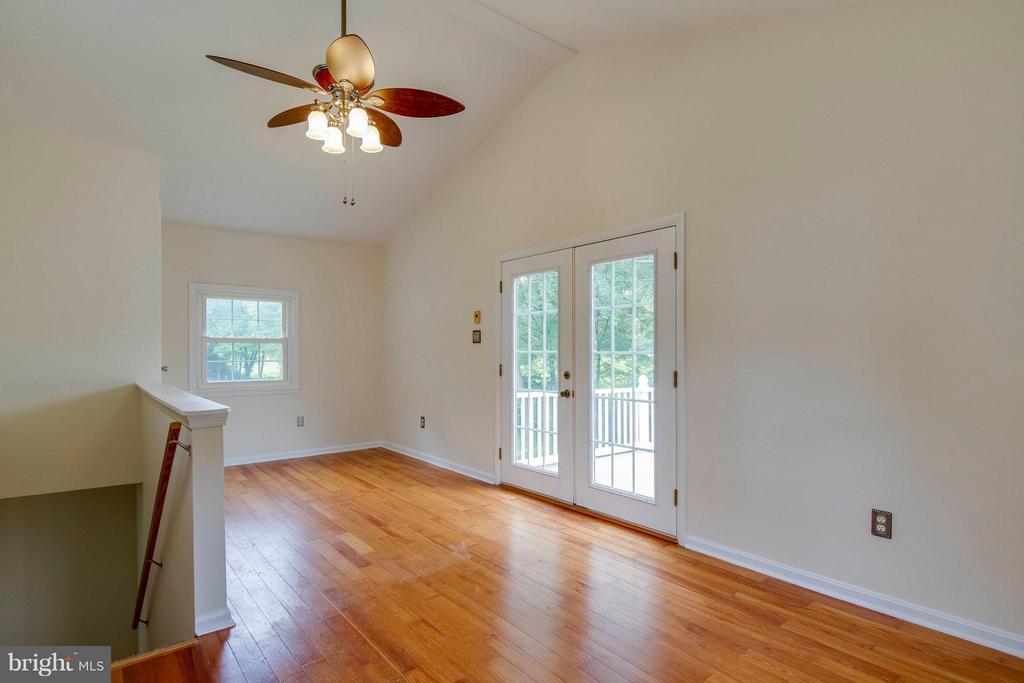 4th bedroom/Loft upstairs - 13305 SPRIGGS RD, MANASSAS