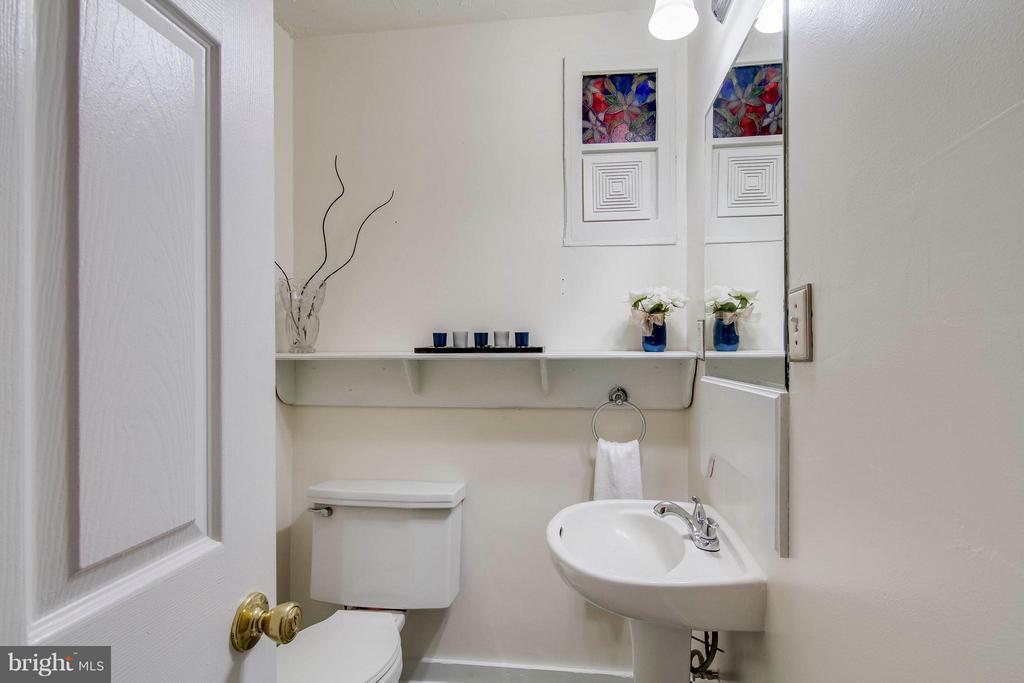 Half Bath - 13305 SPRIGGS RD, MANASSAS