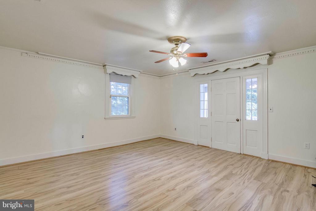 Living Room - 13305 SPRIGGS RD, MANASSAS