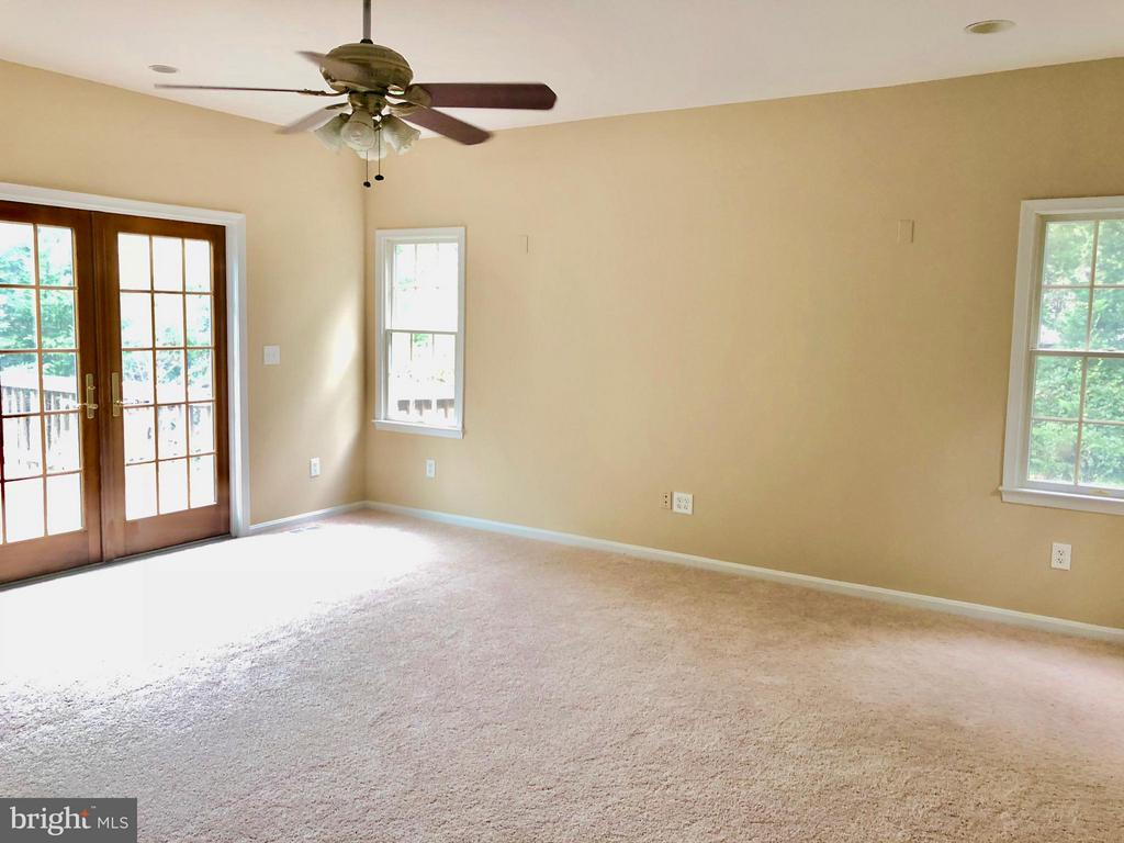 Bedroom (Master) (Main Level) - 3 GOVERNORS DR SW, LEESBURG