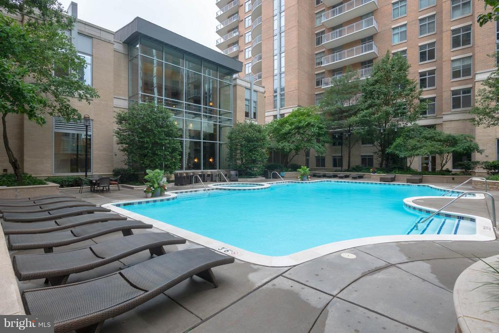 Pool in building - 11990 MARKET ST #217, RESTON