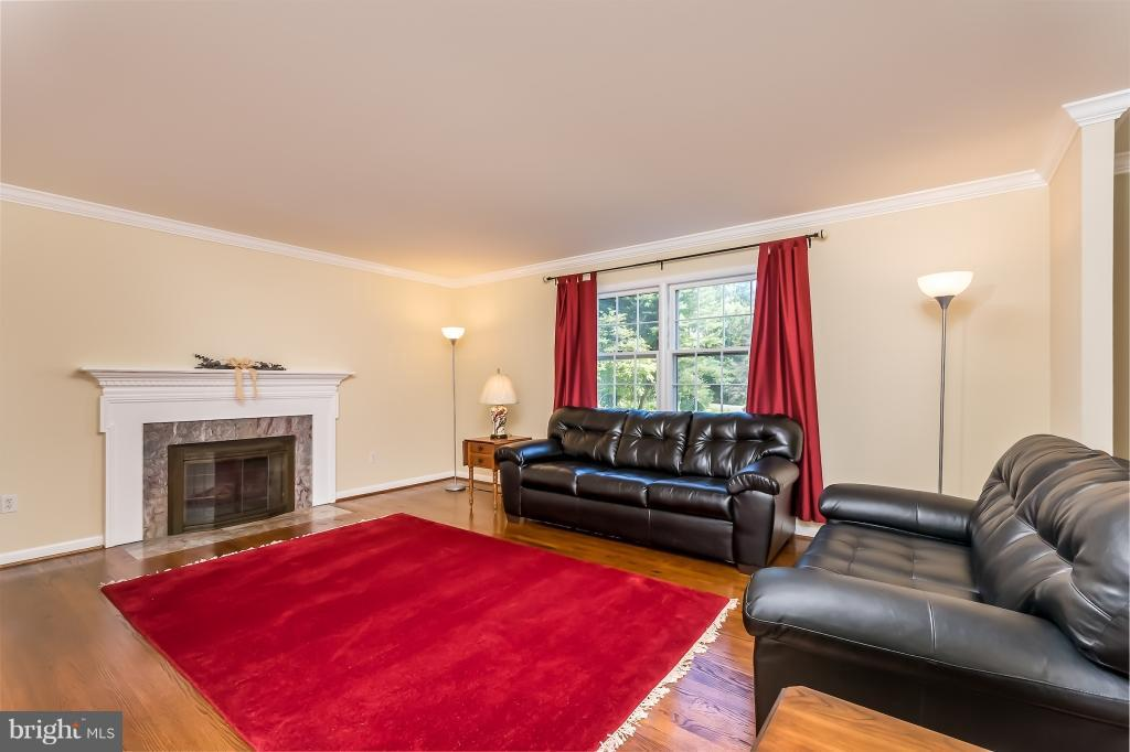Living Room - 3110 HUNT RD, OAKTON
