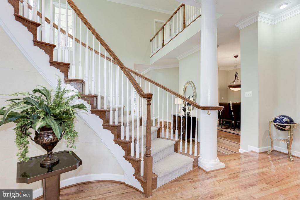 Interior (General)2-Story Foyer - 20258 ISLAND VIEW CT, STERLING