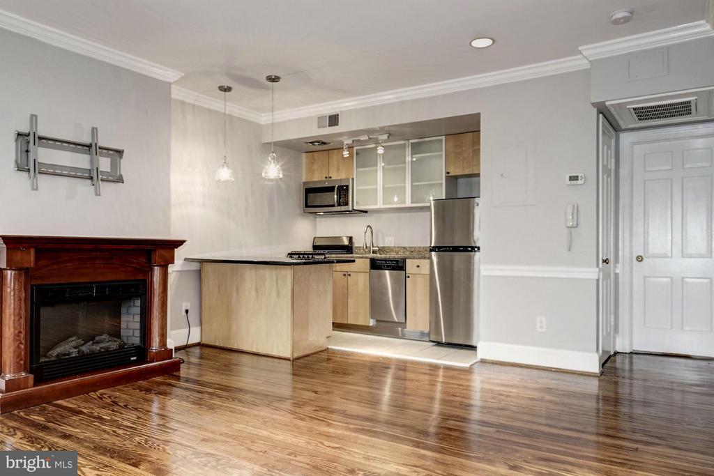 Interior (General) Living/dining - 3239 N ST NW #11, WASHINGTON