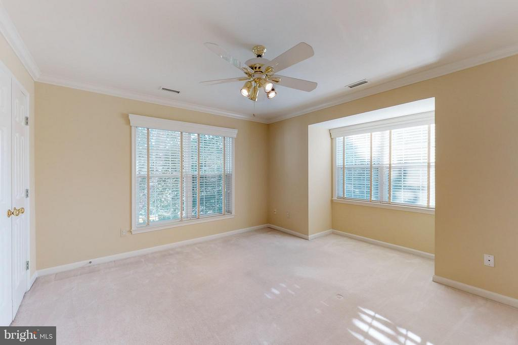 Large Second Bedroom - 9800 BOLTON VILLAGE CT, FAIRFAX