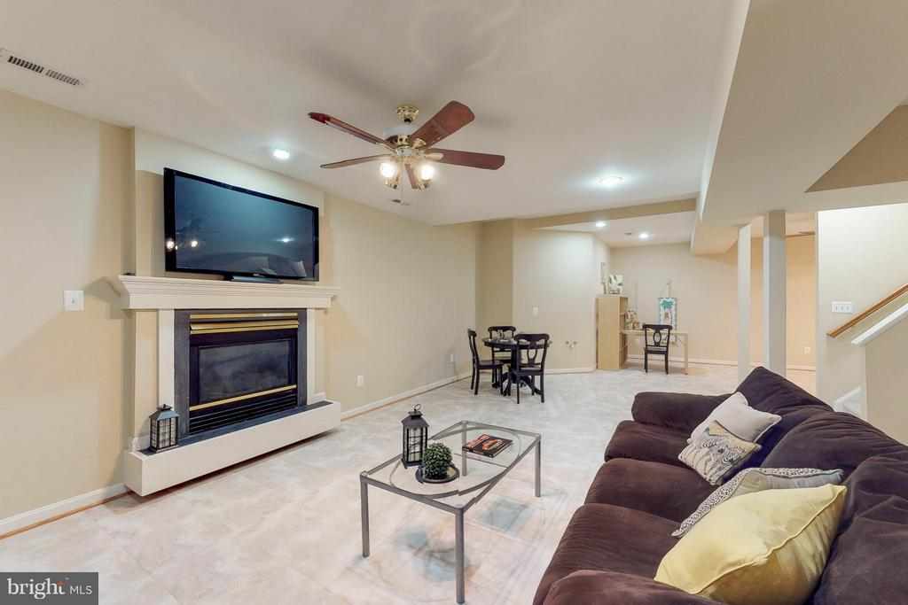 Recreation Room on Lower Level - 9800 BOLTON VILLAGE CT, FAIRFAX