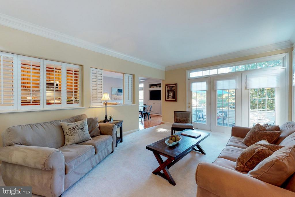 French Door to Deck and Wall of Windows - 9800 BOLTON VILLAGE CT, FAIRFAX