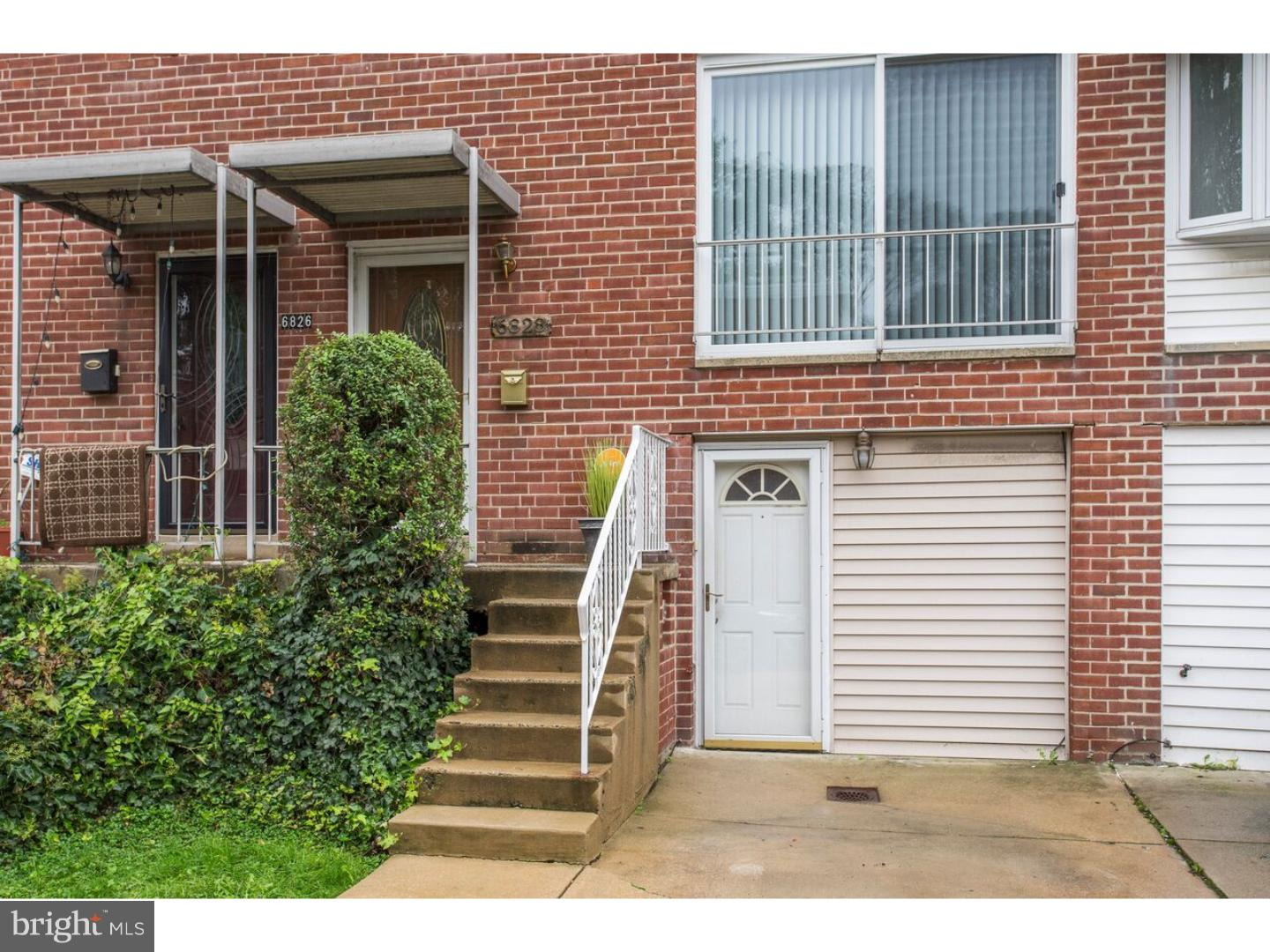 Photo of home for sale at 6828 Grebe Place, Philadelphia PA