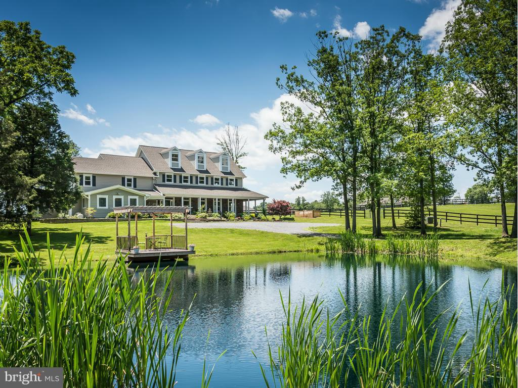 Single Family Homes for Sale at Cross Junction, Virginia 22625 United States