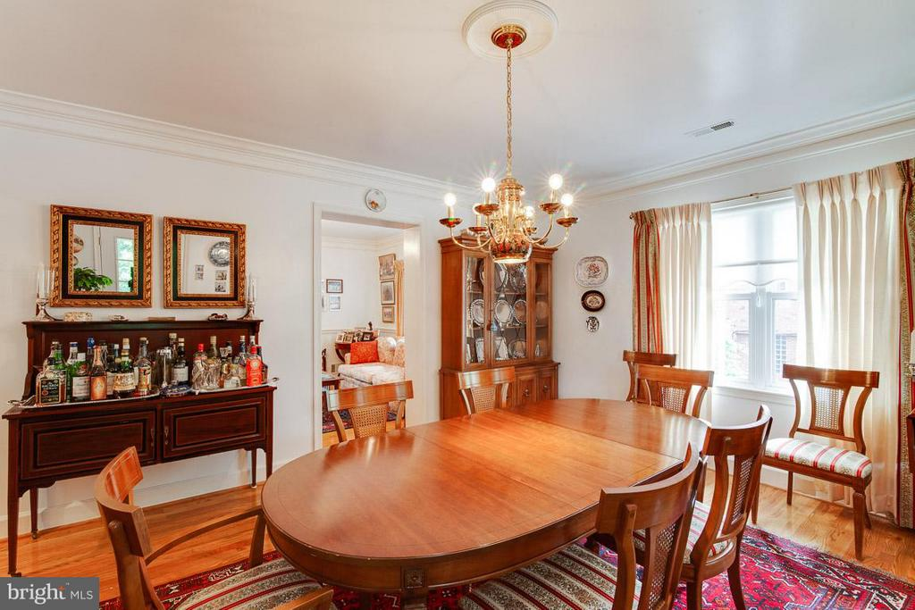 Formal Dining Room Leading to the Deck - 7920 LEWINSVILLE RD, MCLEAN