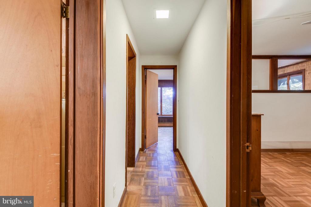 Hallway on Lower Level - 1335 PEGRAM ST N, ALEXANDRIA