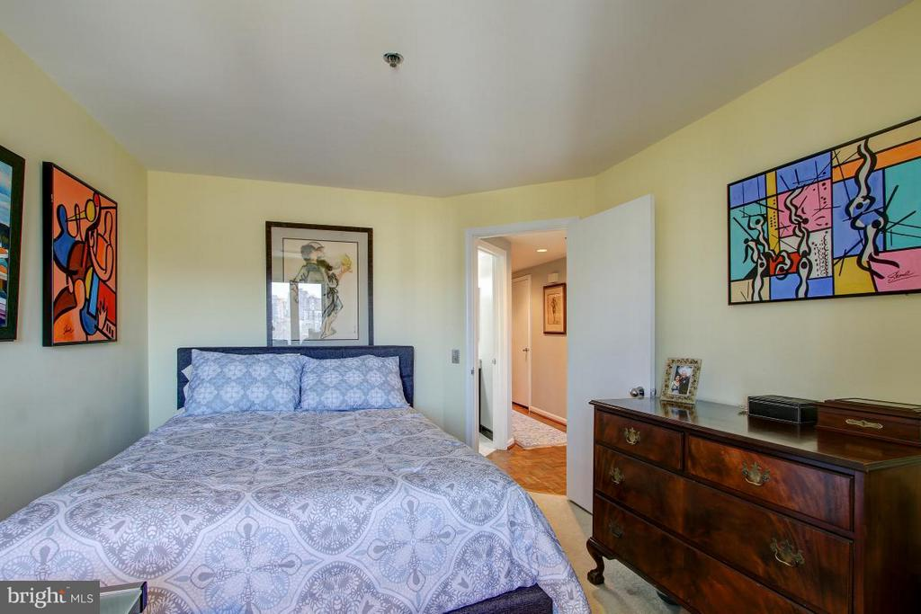 Bedroom - 1401 OAK ST #305, ARLINGTON