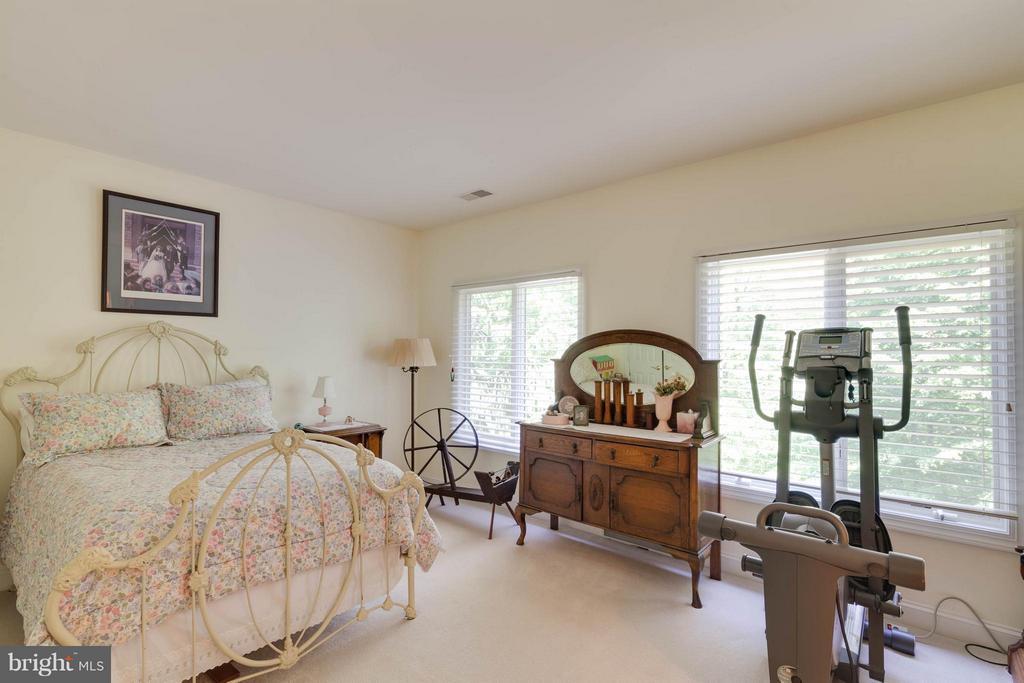 Bedroom 3 - 7111 TWELVE OAKS DR, FAIRFAX STATION