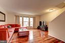 Bonus family room space! - 4314 SUTLER HILL SQ, FAIRFAX