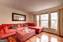 Large layout for your favorite furniture - 4314 SUTLER HILL SQ, FAIRFAX