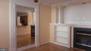 famimly room off kitchen with gas log fireplace - 805 MONUMENT SQ, WOODBRIDGE
