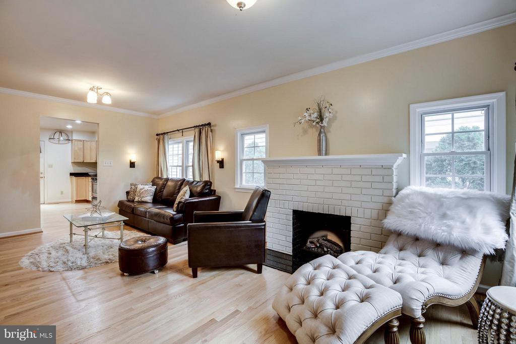Living Room - 3426 12TH RD N, ARLINGTON