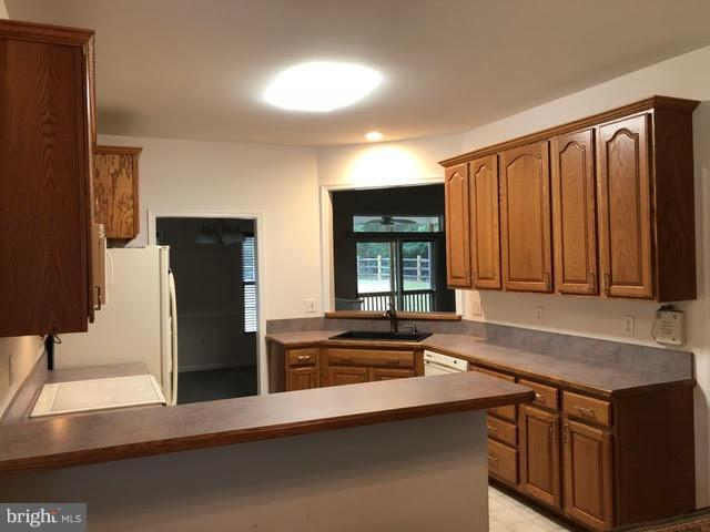 Kitchen - 123 DOC STONE RD, STAFFORD