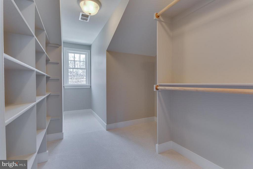 All Closets and Linen w/Wood Shelving - 0 TUNWELL CT, BURKE