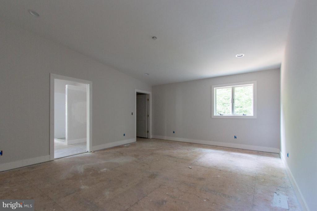 3rd bedroom - 6027 TULIP POPLAR CT, MANASSAS