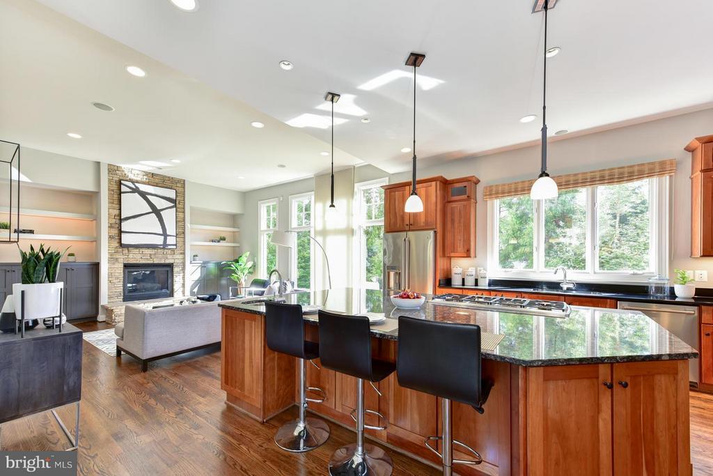 Kitchen - 2923 24TH RD N, ARLINGTON