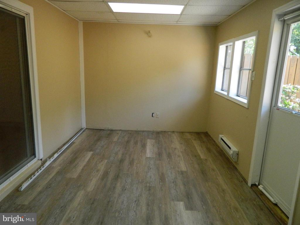 Multipurpose Room on Main Level - 8005 COMMUNITY DR, MANASSAS