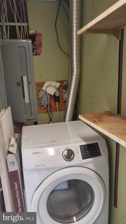 Dryer - 8005 COMMUNITY DR, MANASSAS