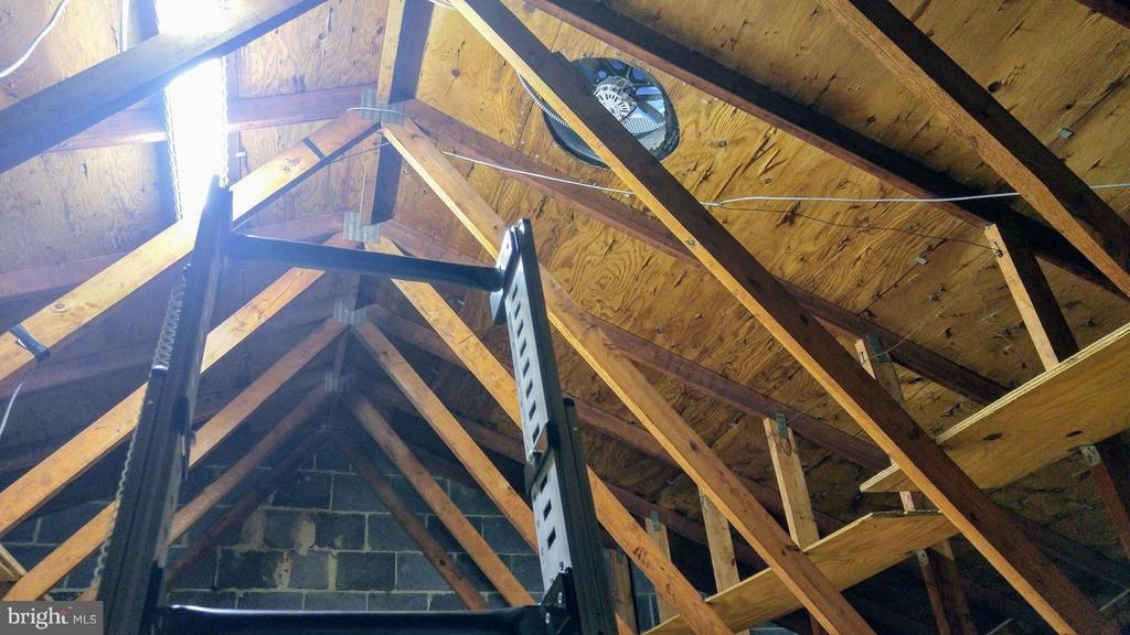 Attic Roof Fan Flooring & Shelves for Storage - 8005 COMMUNITY DR, MANASSAS