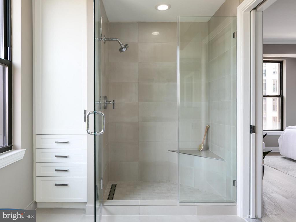 Bath (Master) - 8302 WOODMONT AVE #601, BETHESDA