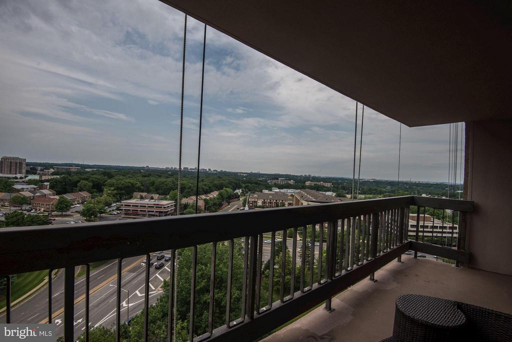 Side view shows DC skyline from a distance - 3701 GEORGE MASON DR #1406N, FALLS CHURCH