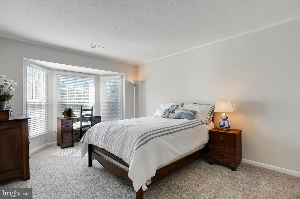 Bedroom 2 of 5 - 43554 COAL BED CT, ASHBURN