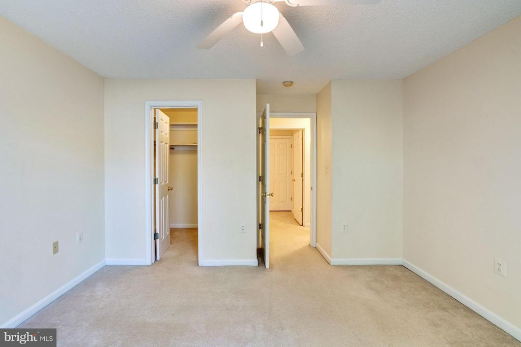 Bedroom - 21014 TIMBER RIDGE TER #201, ASHBURN