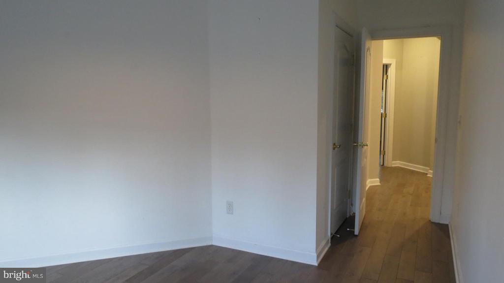Bedroom 4 - 42573 REGAL WOOD DR, ASHBURN