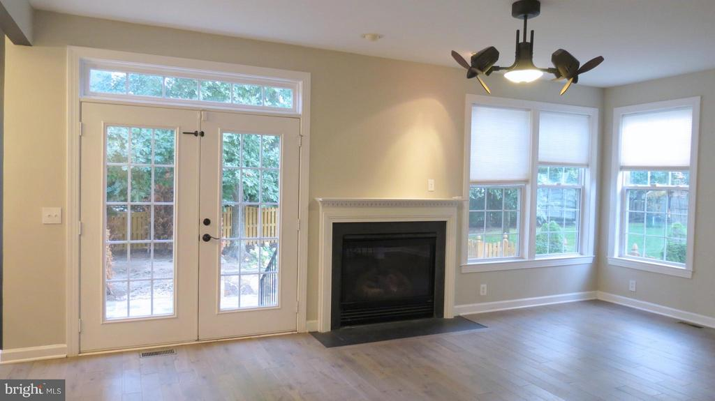 Gas FP and French Doors to Backyard in Family Room - 42573 REGAL WOOD DR, ASHBURN