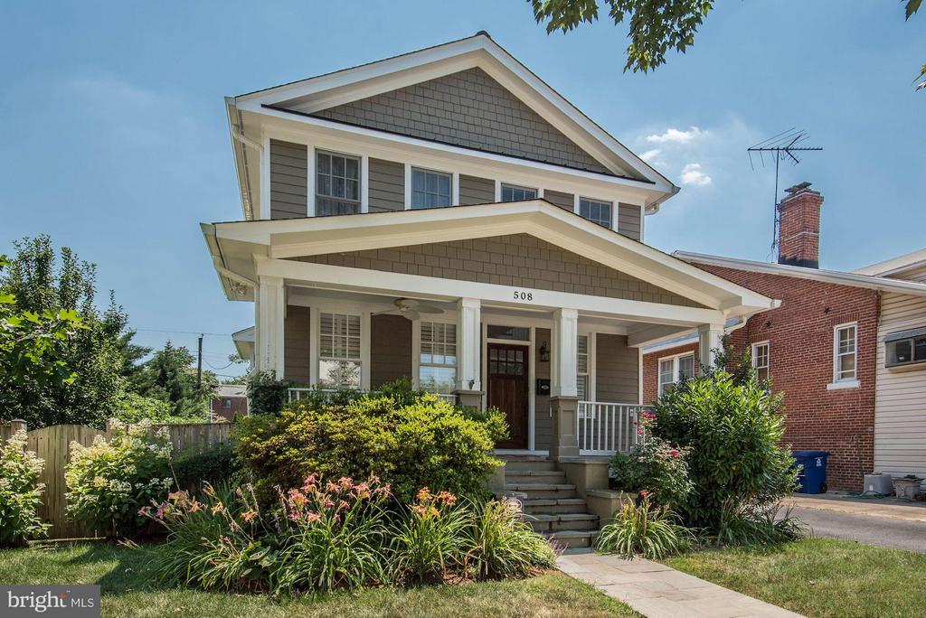 Beautiful Craftsman home in the heart of Arlington - 508 25TH ST S, ARLINGTON