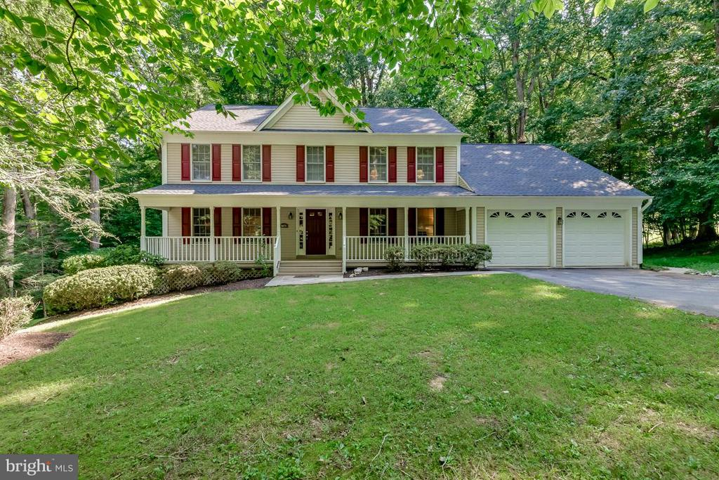 Welcome to 9879 Hemlock Hills Ct. - 9879 HEMLOCK HILLS CT, MANASSAS