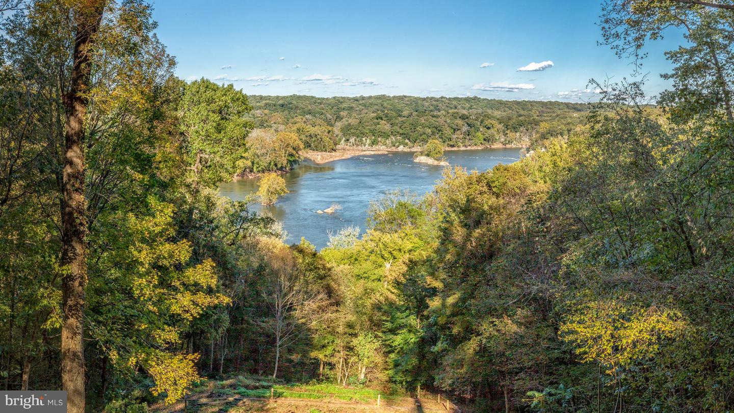 Land for Sale at 701 Bulls Neck Rd McLean, Virginia 22102 United States