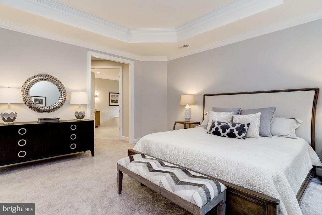 Bedroom (Master) - 2551 VALE RIDGE CT, OAKTON