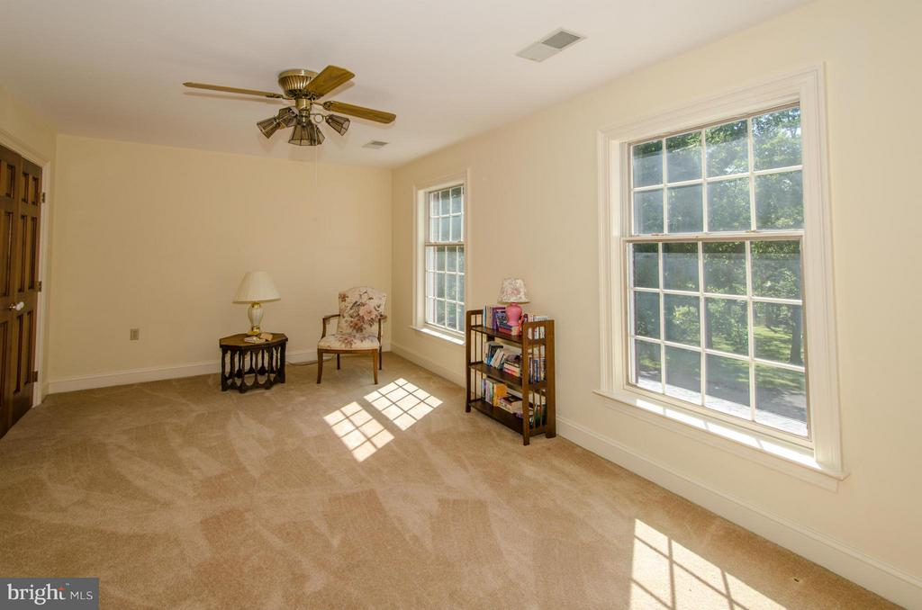 Fourth Bedroom - 3401 BACK MOUNTAIN RD, WINCHESTER