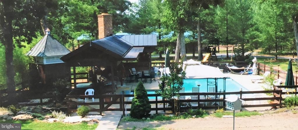 Heated pool - 3401 BACK MOUNTAIN RD, WINCHESTER