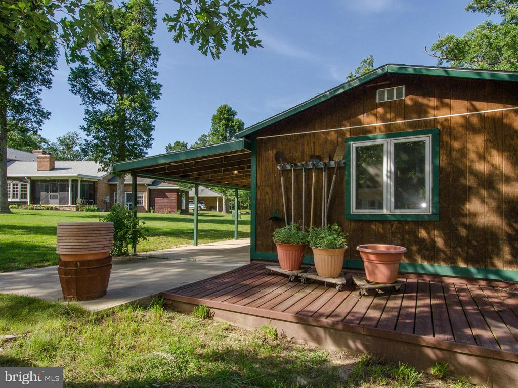 Garden house - 3401 BACK MOUNTAIN RD, WINCHESTER
