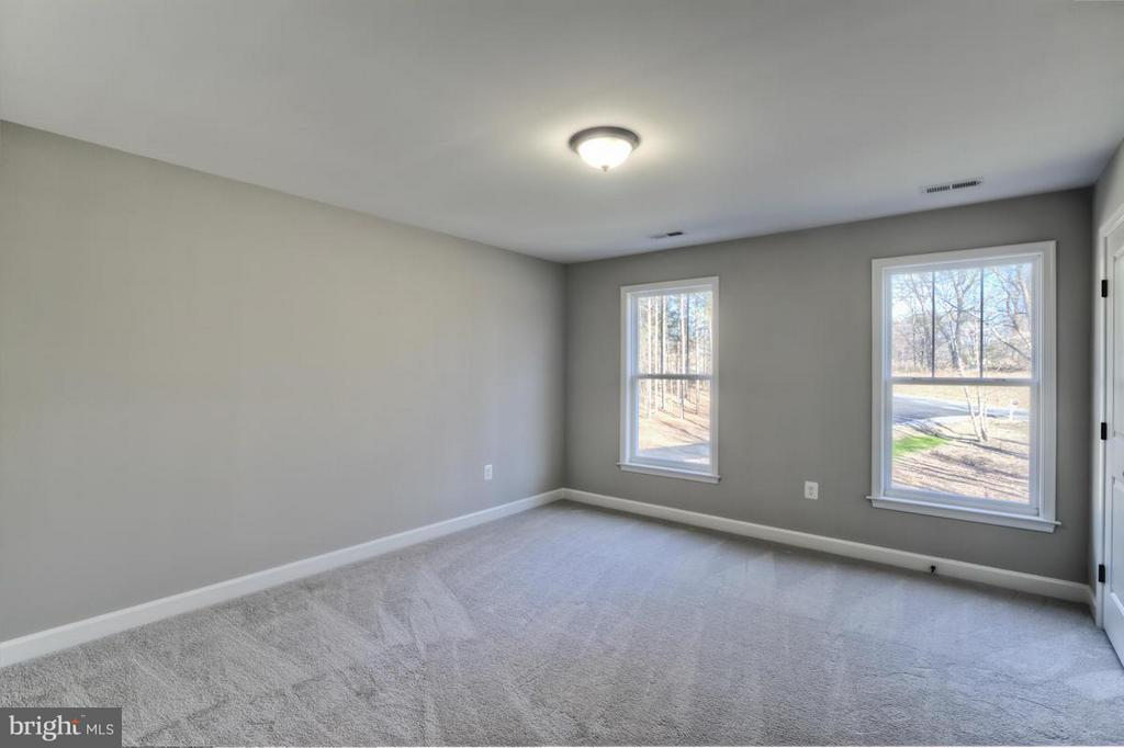 Bedroom 2 with Private Bath - INDIAN POINT RD, STAFFORD