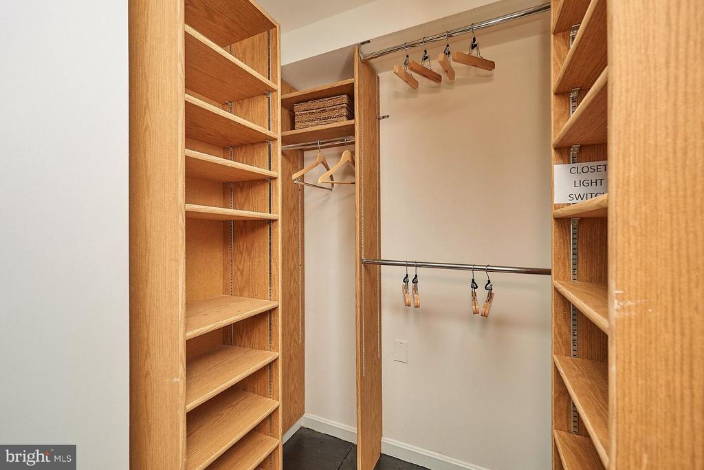 Walk-In Closet - 3701 CONNECTICUT AVE NW #618, WASHINGTON