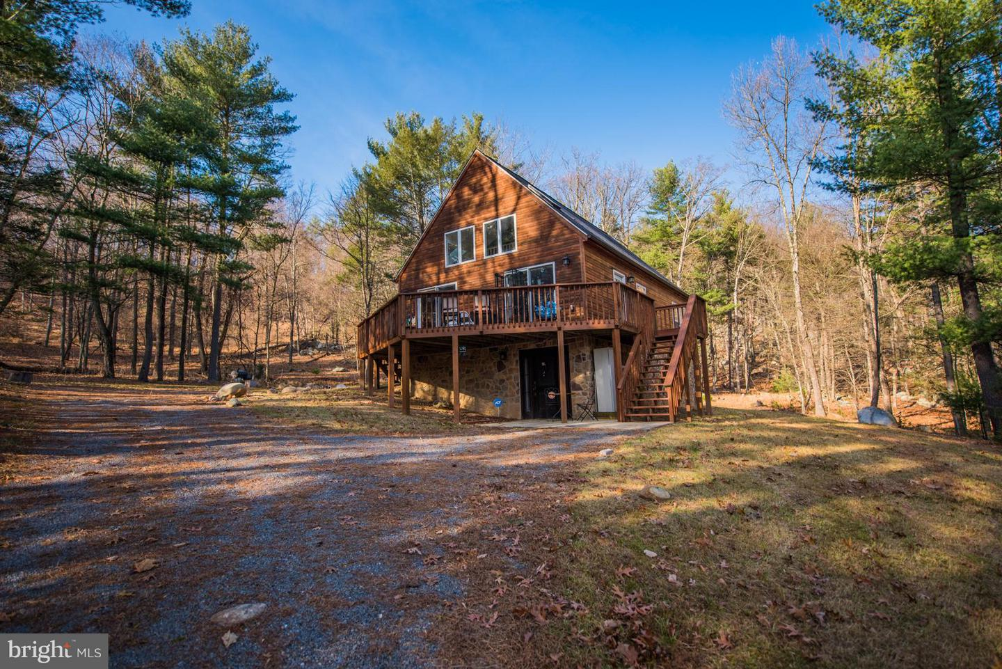 Single Family for Sale at 12354 Valley Road Berkeley Springs, West Virginia 25411 United States