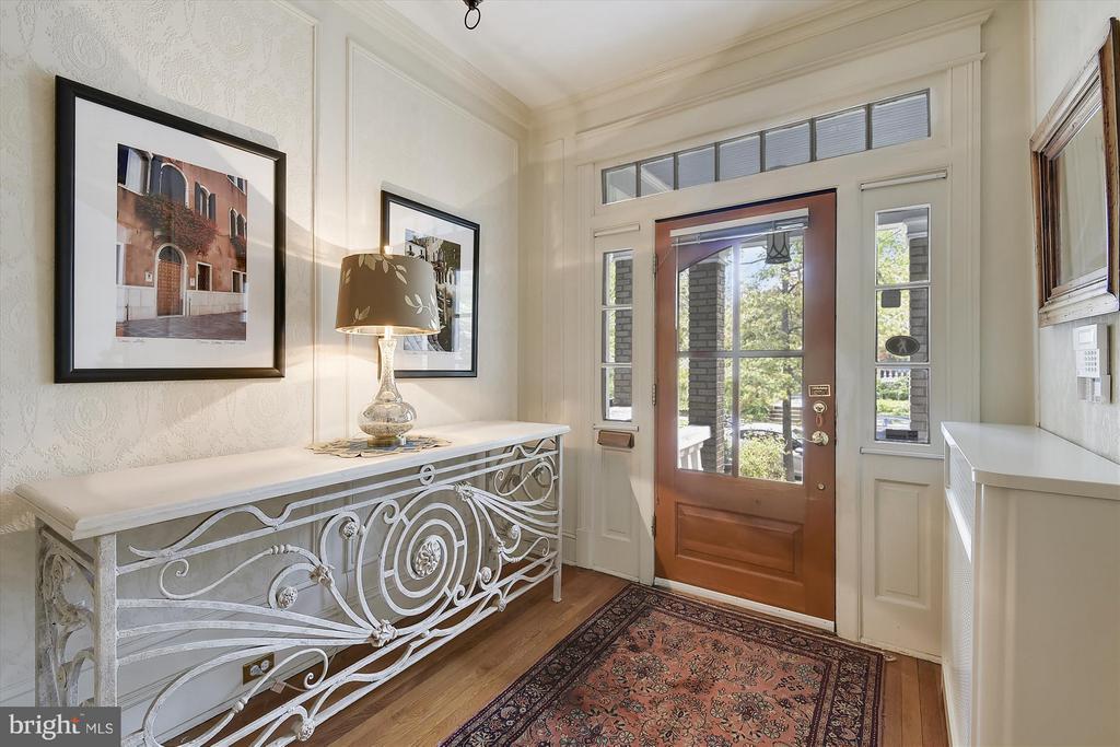Beautiful and Grand Entry Foyer - 1622 ALLISON ST NW, WASHINGTON