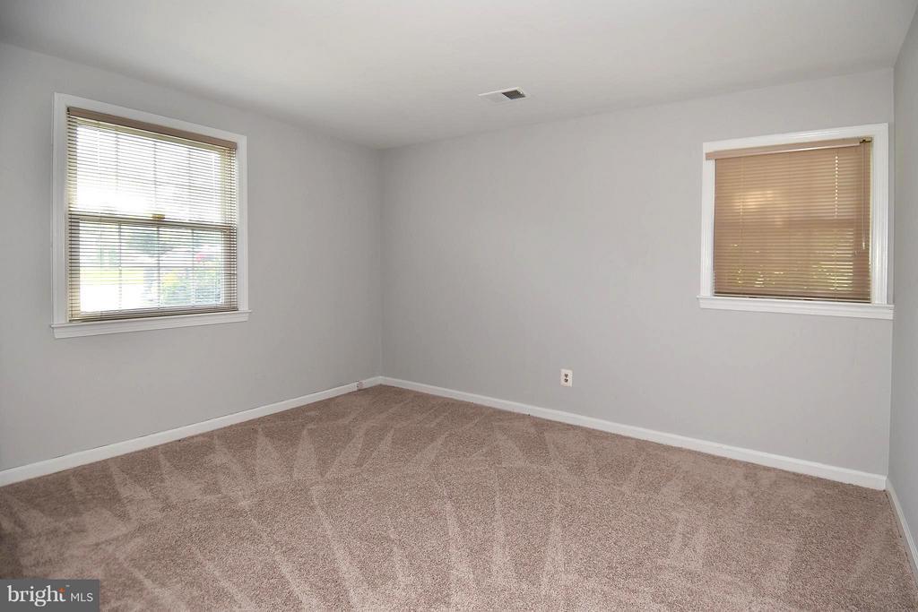 Bedroom #4 w/New Carpet - 6024 FRANCONIA RD, ALEXANDRIA