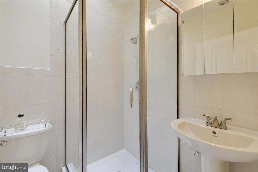 Bathroom 2 - 1622 ALLISON ST NW, WASHINGTON