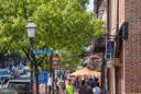 Shops along King Street-just 1 block away - 508 PRINCE ST, ALEXANDRIA